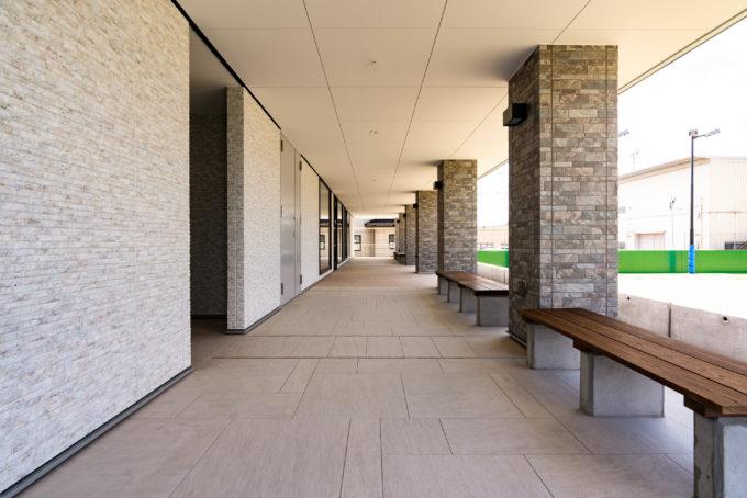 AKIM 研修センターのコリドール