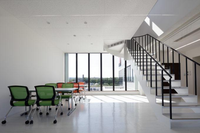 AKIM オープンなミーティングスペース