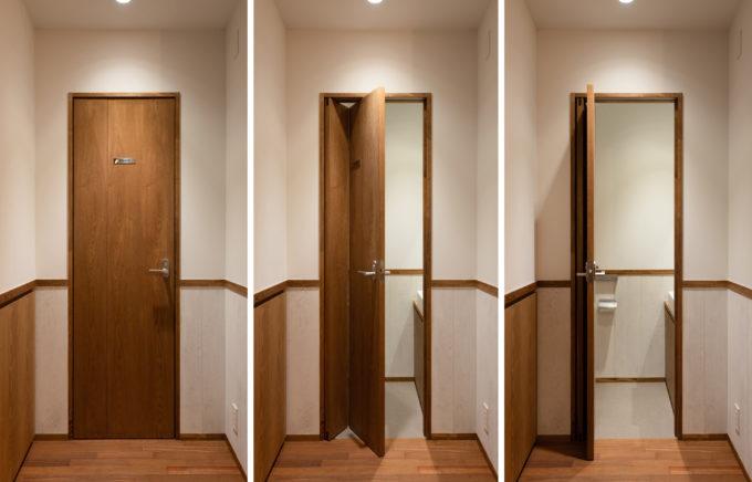 BISTRO EIGHT トイレの変則折れ戸